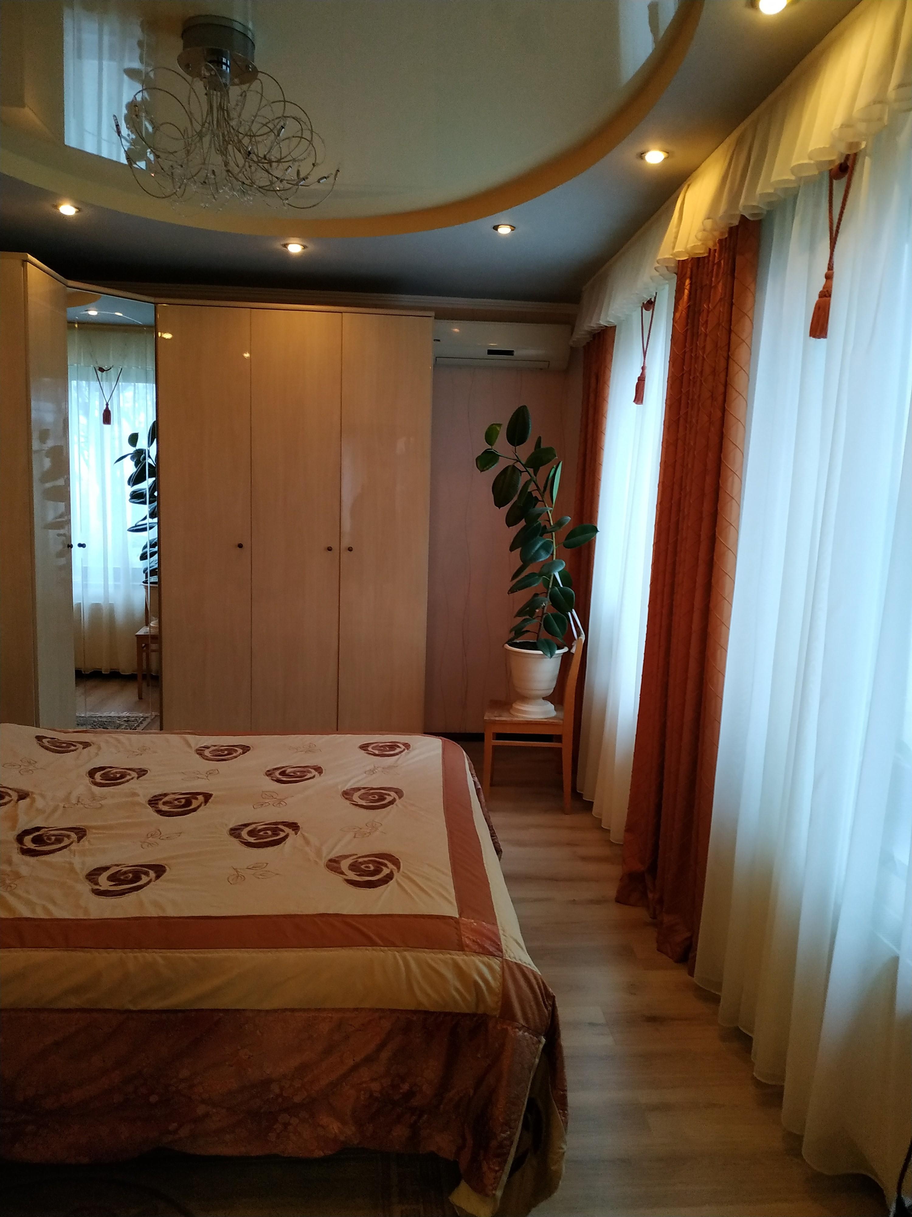 Харьковская область,5 Комнат Комнат,2 Ванных комнатВанных комнат,Жилая недвижимость,2,1160